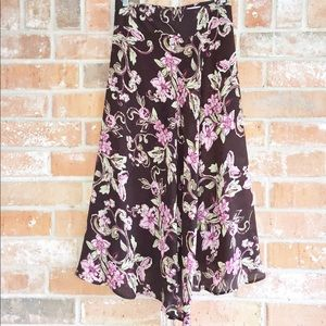 Lovely Floral Skirt By Emma James Plus 14